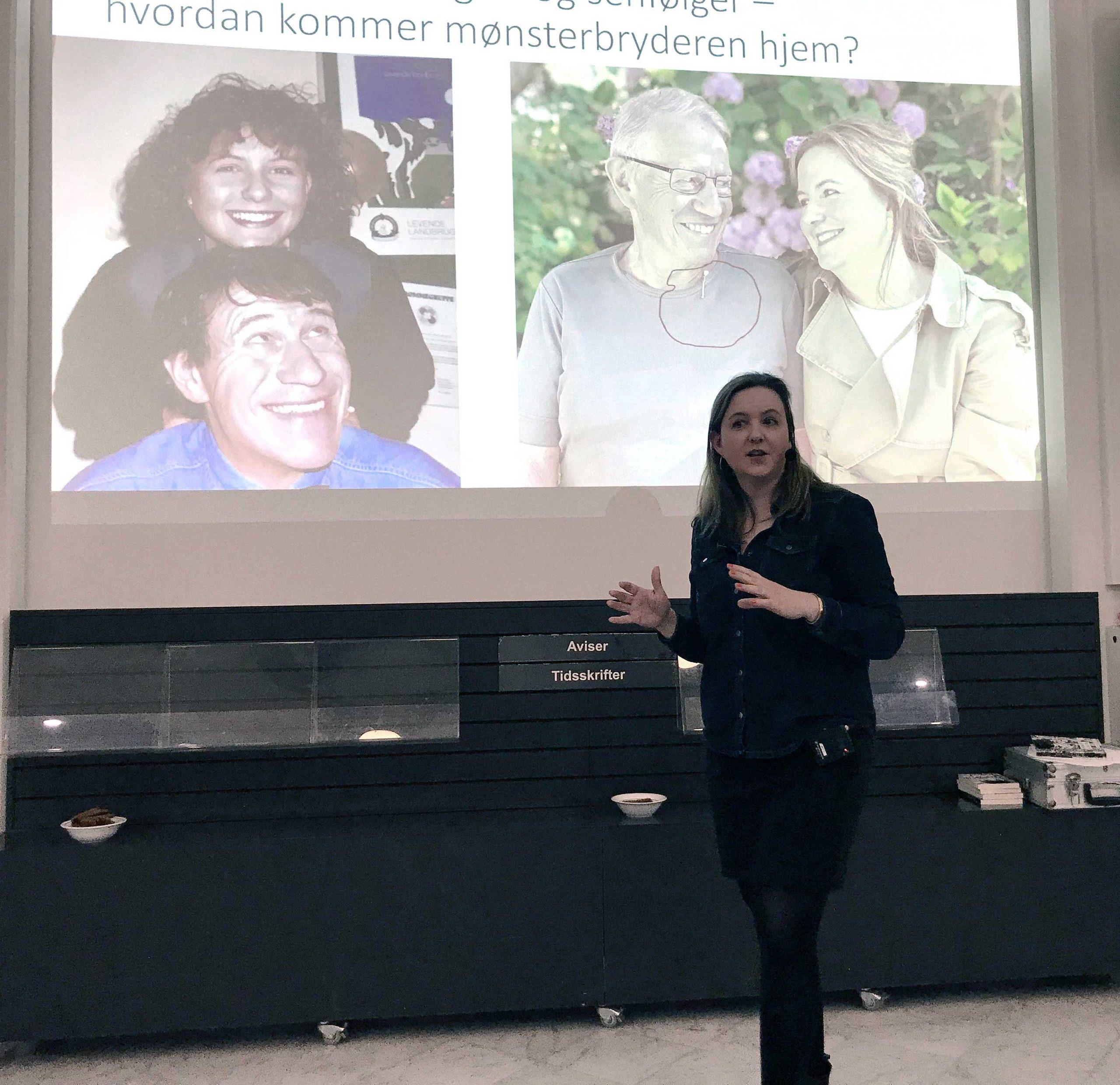 Forfatter Anne Zenon holder foredrag om at være mønsterbryder.
